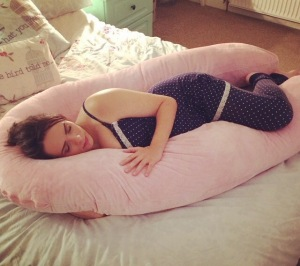 Pregnancy Pillow - pregnancypillows.net Pyjamas - JoJo Maman Bebe