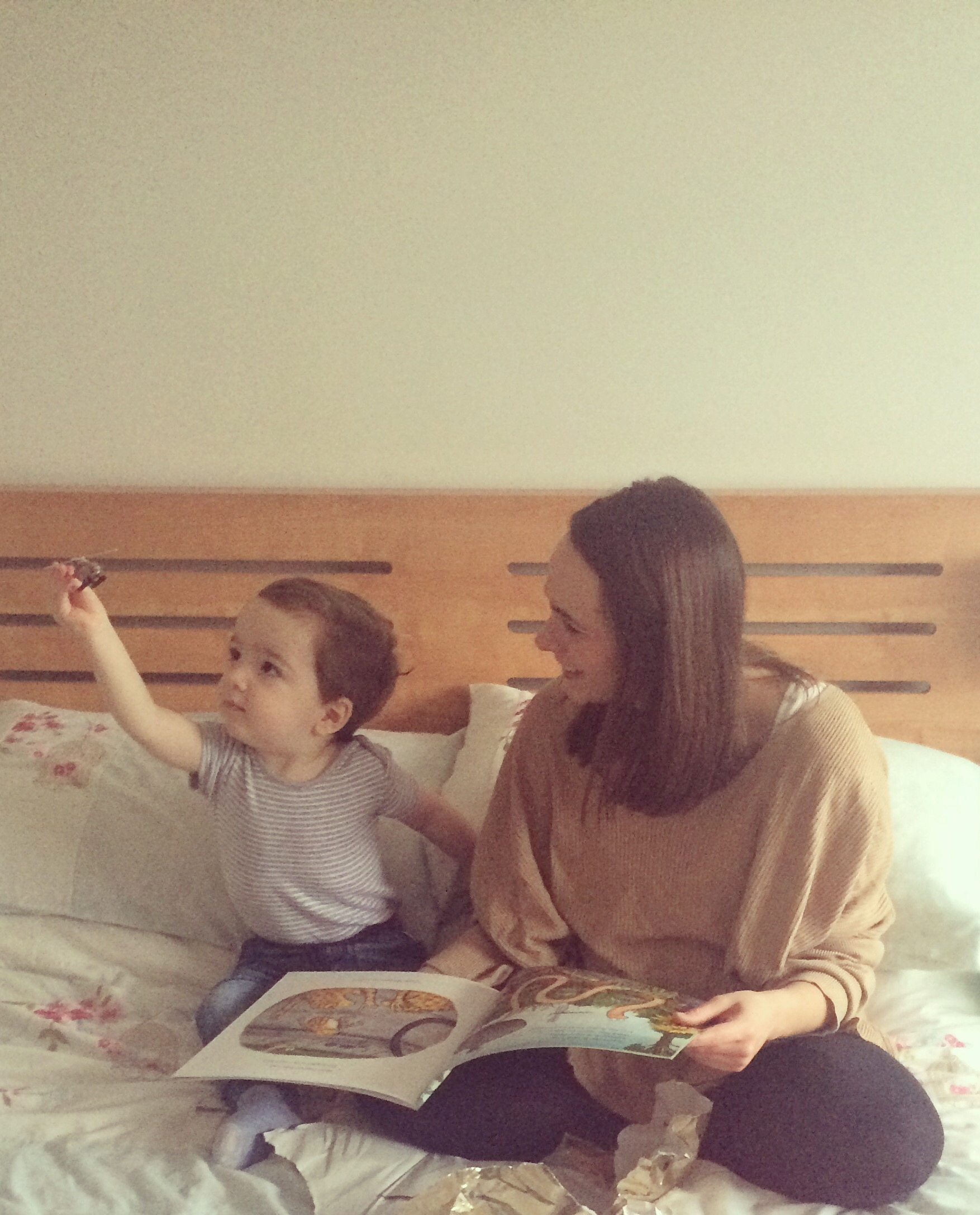 Introducing a behaviour star chart to a toddler