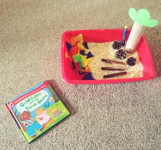 Goldilocks and the Three Bears story time sensory bin