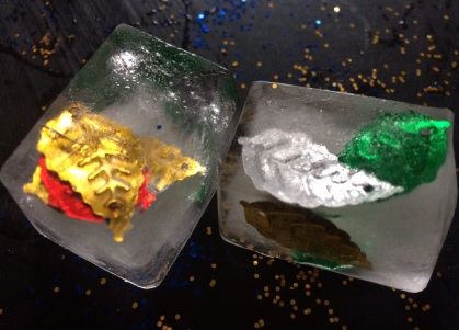 Sensory decorated ice play