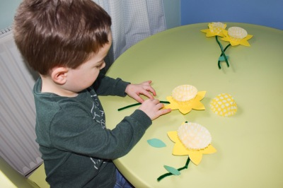 Spring-time daffodil craft